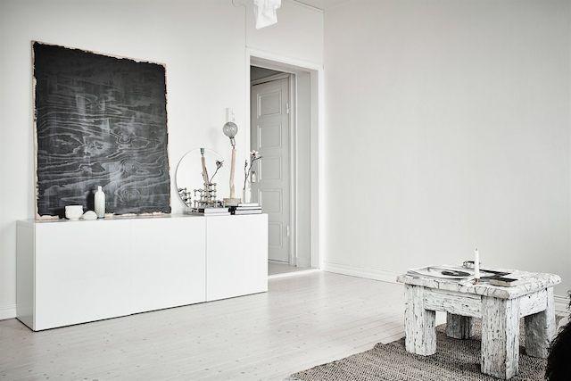 Apartamento nórdico con toques de estilo industrial y boho.