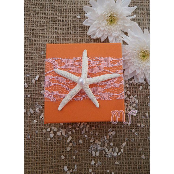 Μπομπονιέρα κορίτσι. Μπομπονιέρες βάπτισης κορίτσι κουτί πορτοκαλί με δαντέλα και αστερία