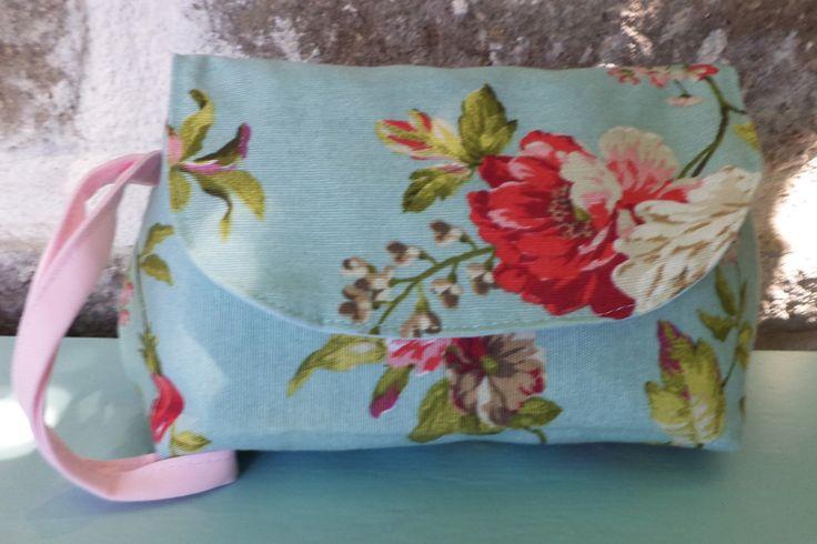 Vintage Flower Clutch