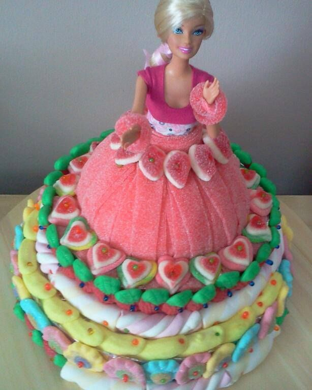 tarta barbie de chuches