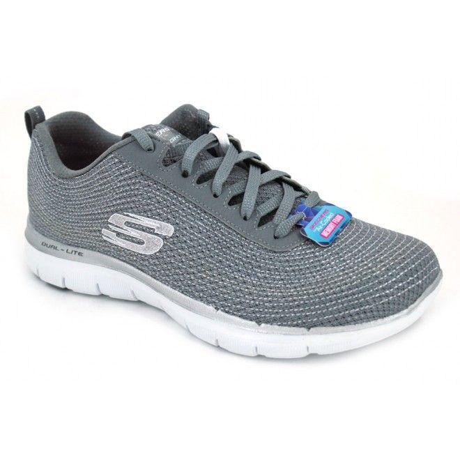 Skechers Flex Appeal 2.0 Metal Madness 12764 Zapatillas deportivas para mujer hechas con materiales textiles, bonito diseño con un colorido original. Son ligeras y cómodas. La sujección es buena y rápida con cordones planos. La suela externa tiene buen agarre y es flexible.