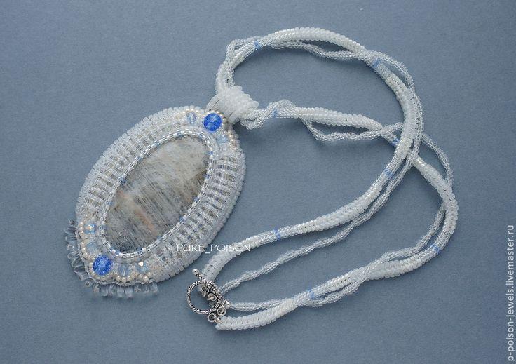 """Купить Кулон """"Хрустальный"""" с лунным камнем. - белый, прозрачный, лунный камень, кулон с камнем, переливающийся"""