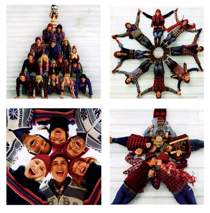 Gotta love gap...awesome photo ideas for the holidays. I could see my dorky family totally doing this! :):