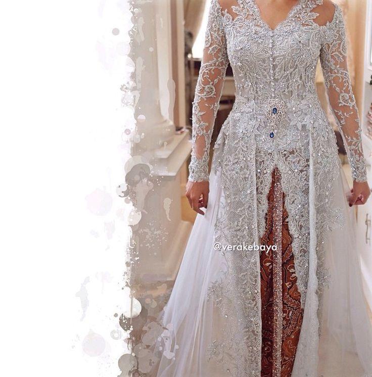 White kebaya for wedding by vera
