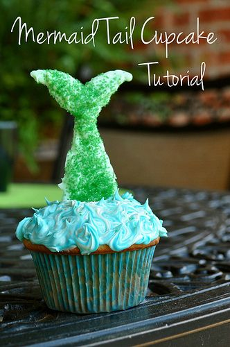Mermaid Tail Cupcakes tutorial baking birthday party