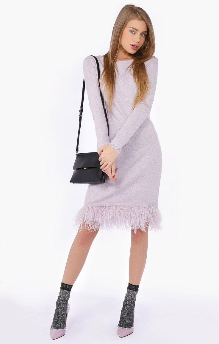 Купить Лаконичное прямое платье с перьями INA.VOKICH от Независимые дизайнеры за 18000 руб в интернет-магазине TopTop.ru