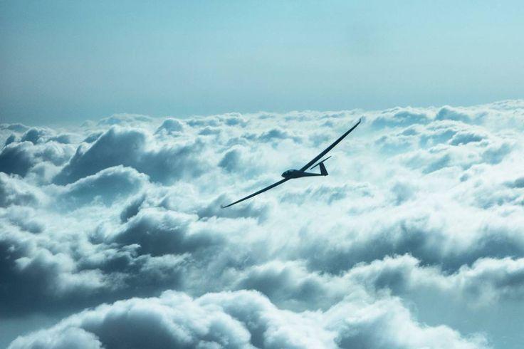 Nach 2 Stunden warten in den Rotoren hat sich die Welle dann doch wieder gebildet #wave#soaring#glider#gliding #ls8 #duodiscus#segelfliegen#segelflugzeug#segelflug#high#above#wideangle#clouds#sky#earth#Wolken#Himmel#cockpit#pilotlife#pilot#pilotview#globalgliding#perspective#sooobock