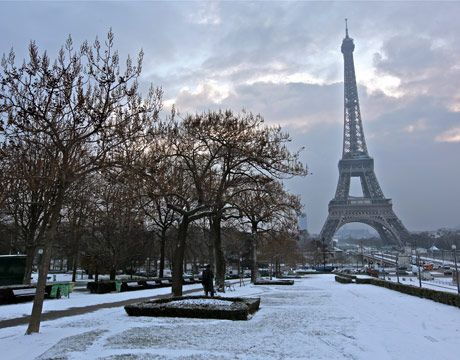 Paris, France  The snow reminds me of when I went...I need to go again when it's warmer.: Winter Snow, Heart Paris, En France, France Hp, Mmmm Paris, Paris France, Paris Anniversaries, Paris Winter, Paris A Places