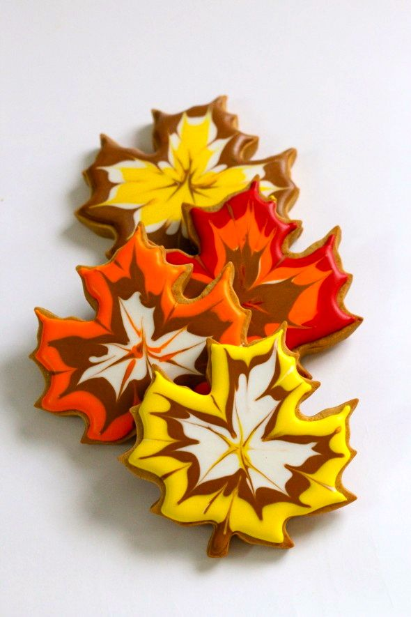 Fall decorated cookies ( I think my kids would have a blast decorating- and eating )