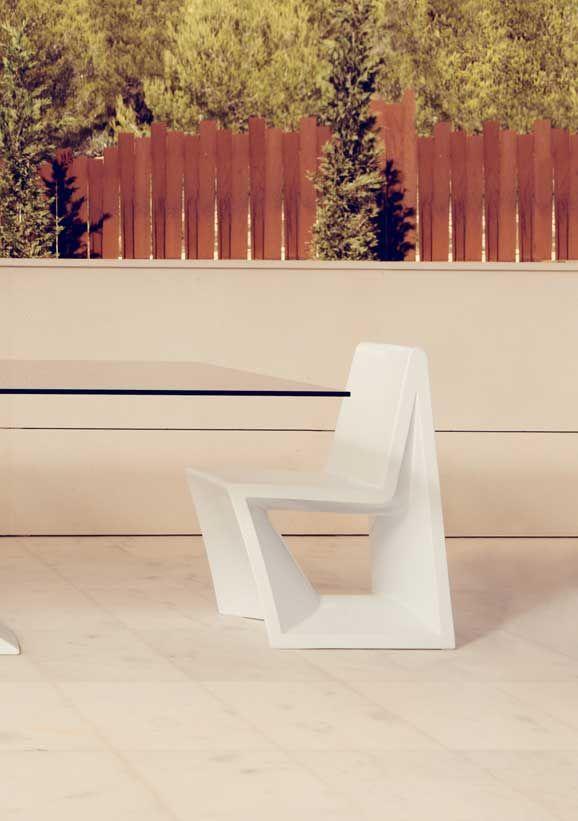 Moderner Kunststoff Stuhl Für Innen Und Außen   Hier In 10 Farben Und Zwei  Ausführungen Bequem Online Bestellen!