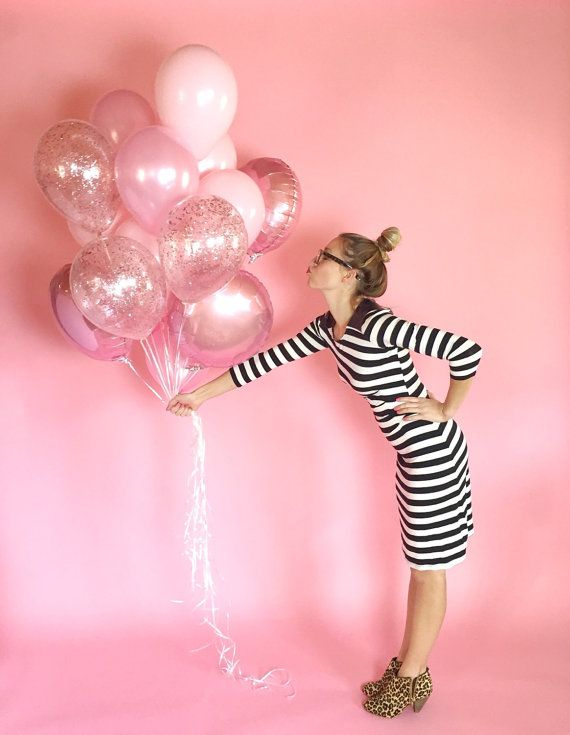 Giant pink balloon bouquet- youll be tickled pink by this gorgeous bouquet of all pink balloons.  Bouquet includes 18 deflated balloons: 12 (11