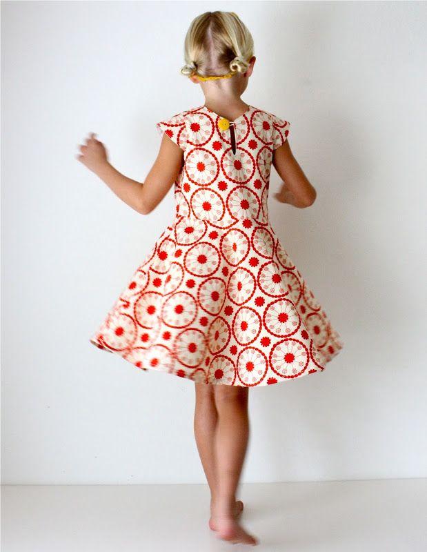 patroon jurk met zwierige cirkelrok... (in ander stofje natuurlijk)