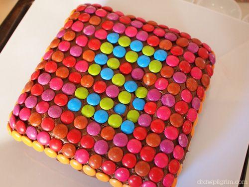 smartie cake: Kids Parties, Numbers Cakes, Cakes Ideas, Birthday Parties, Smarty Cakes, Parties Ideas, Easy Cakes Decor Ideas, Candy Cakes, Easy Birthday Cakes Decor