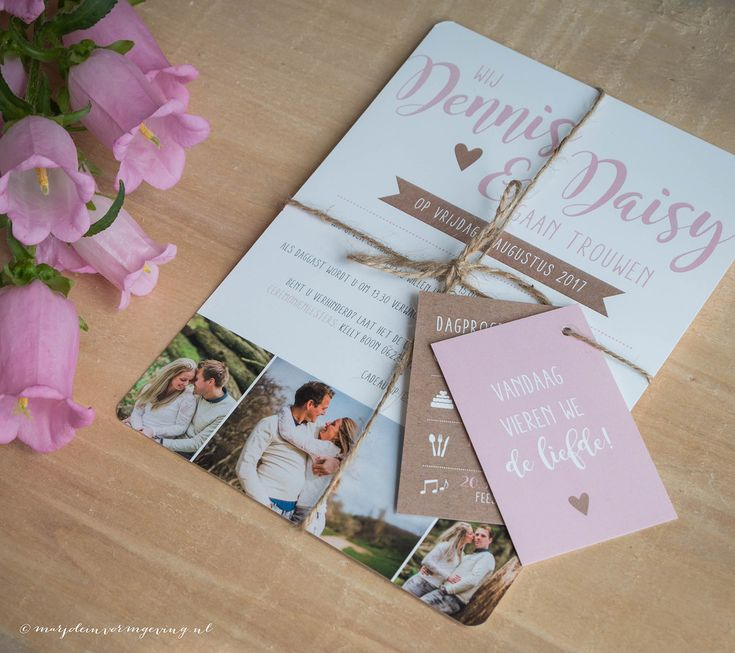 Trouwkaart Dennis & Daisy - Ontwerp Marjolein Vormgeving #trouwkaart #ontwerp #opmaat #trouwkaarten #persoonlijk #kaarten #trouwen #kraft #roze #foto #kaartjes