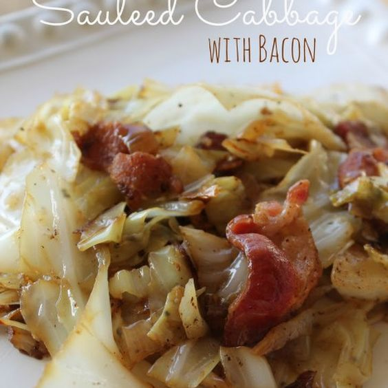 Sauteed Cabbage with Bacon Recipe Side Dishes with cabbage, onions, bacon, salt, pepper. Alternative: Skillet cabbage with bacon, thinly sliced Kielbasa sausage, onion, salt, pepper and butter. Healthy benefits in cabbage 160 calories and 6 grams of carbs in one serving.In general, a single serving of a nonstarchy vegetable is: • ½ cup of cooked vegetables or vegetable juice • 1 cup of raw vegetables Amaranth or Chinese spinach Beans (green, wax, Italian) Cabbage
