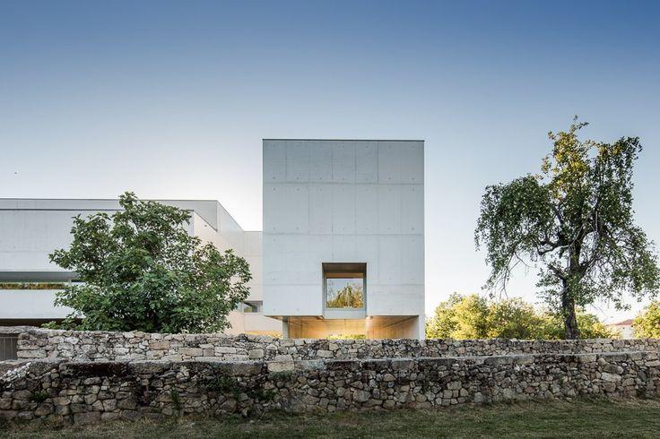 Fundação Nadir Afonso in Chaves by Alvaro Siza Vieira - João Morgado - Fotografia de arquitectura | Architectural Photography