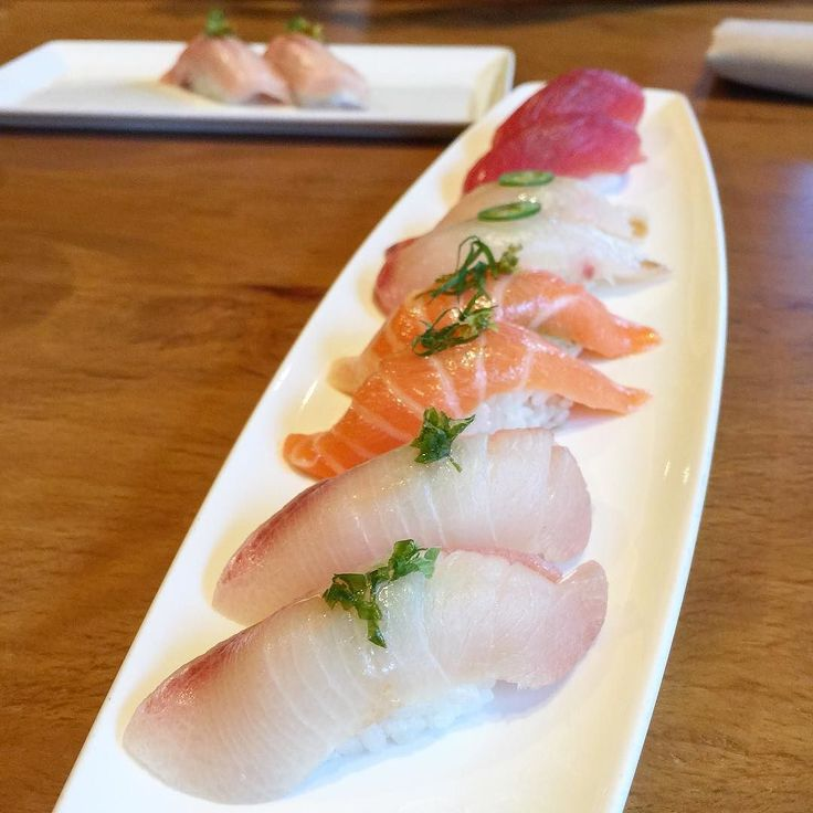 Hamachi ocean trout belly kanpachi maguro @kuurestaurant #nigiri #sushi #houston #foodporn by femme_foodie #instagram