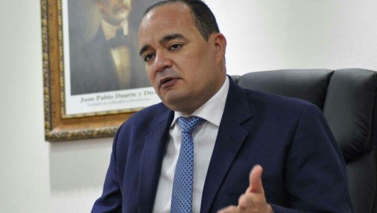 CARD denuncia cuatro oficinas de abogados monopolizan los servicios legales del Estado
