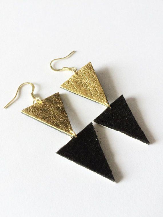 Orecchini a triangolo in pelle vendita metallico / di KatieBetty