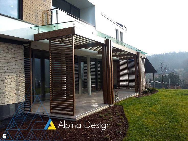 Drewniane zadaszenie - zdjęcie od Alpina Design  Ogrody Zimowe & Szkło Architektoniczne - Ogród - Styl Nowoczesny - Alpina Design   Ogrody Zimowe & Szkło Architektoniczne