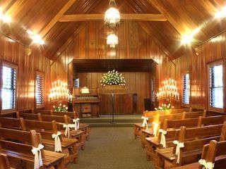 Las Vegas' best wedding chapels
