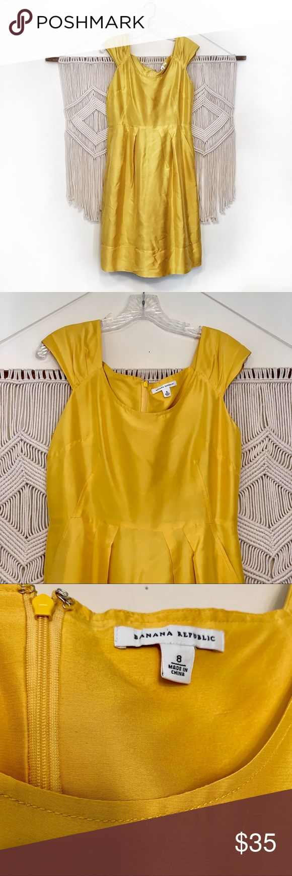 Banana Republic yellow silk dress size 8 Worn one and dry-cleaned. Yellow silk B…