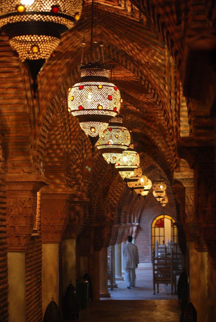 120 besten orientalische lampen bilder auf pinterest orientalische lampen leuchten und wohnen. Black Bedroom Furniture Sets. Home Design Ideas