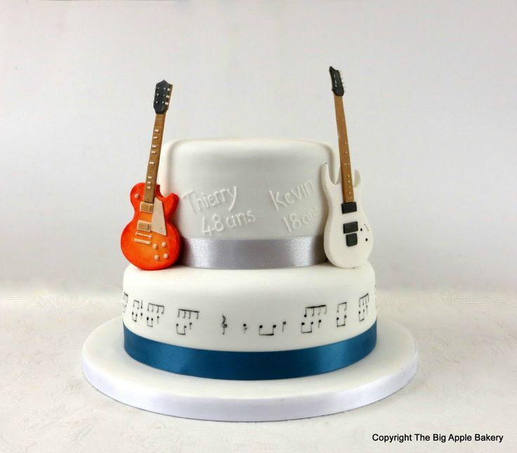 Bien-aimé Les 25 meilleures idées de la catégorie Gâteau de guitare sur  DD21