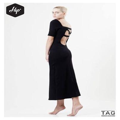 """Φόρεμα """"Elite"""" (Midi). Διαθέσιμο σε μαύρο χρώμα."""