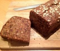 Sticky Banana, Walnut and Date Loaf only use 100g sugar