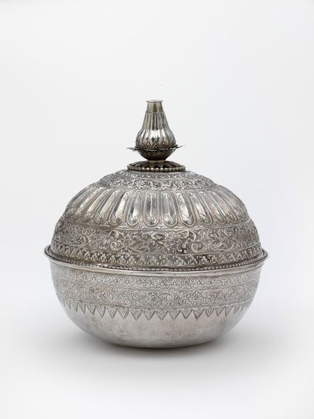 Another visual reference for singing orbs. C18-C19, Perak bowl for rice or water.