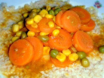 Pikantní dušená mrkev