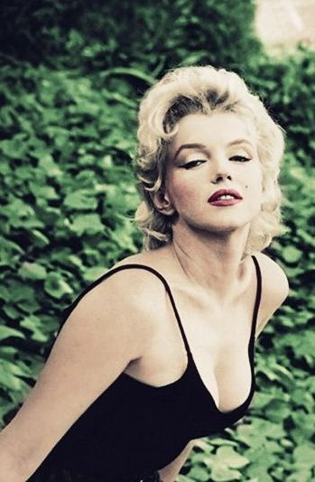 Marilyn Monroe by Gordon Parks | Hmmm....and people wonder why I love everything about her | Bad Ass ...