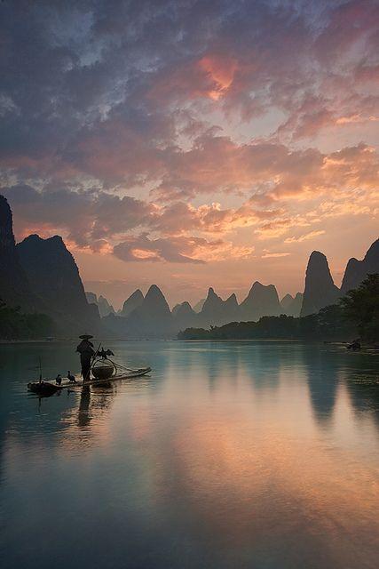 Li River sunrise, Guangxi, China. It's a beautiful world (By Yan Zhang Photography).