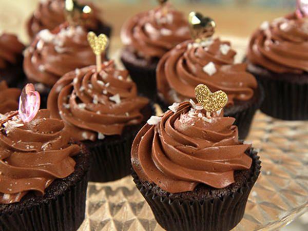 Double chocolate cupcakes med havssalt