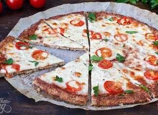 Fitness pizza z květákového těsta + videorecept