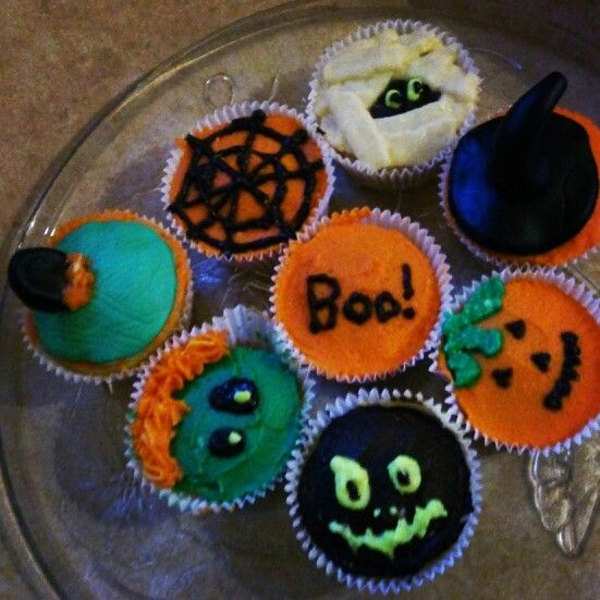 Halloween cupcakes for my brother ❤