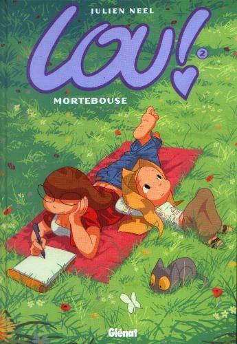 En vacances, Lou se retrouve à Mortebouse : tout un programme ! La voilà loin de son amoureux Tristan et de sa meilleure amie Mina... Pourtant, Mortebouse pourrait recéler plus de ressources que Lou ne l'aurait imaginé...