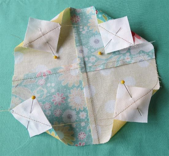 Triangle Corner  /Geta's Quilting Studio