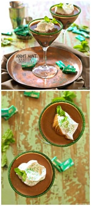 Andes Mint Martini, a creamy minty milk chocolate cocktail. Easy delicious! | The Cookie Rookie