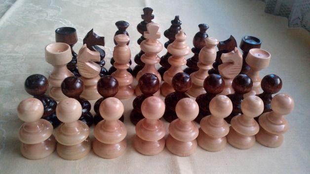 Brettspiele - Neu schöne Handwerk Hasel Holz Schachfiguren - ein Designerstück von HandgefertigteSchach bei DaWanda