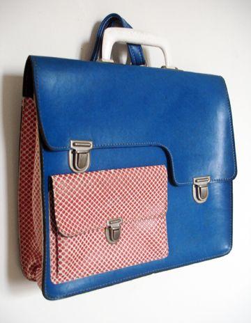 Retro seventies school bag * Celui-ci est vraiment très beau, il devrait être ré-édité.