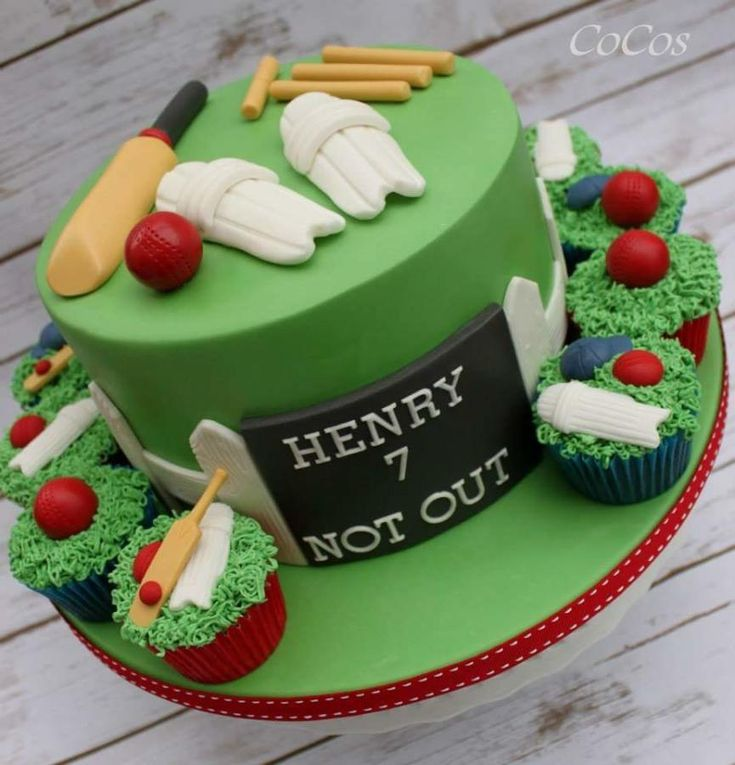 Cricket themed cake and cupcakes  - Cake by Lynette Brandl