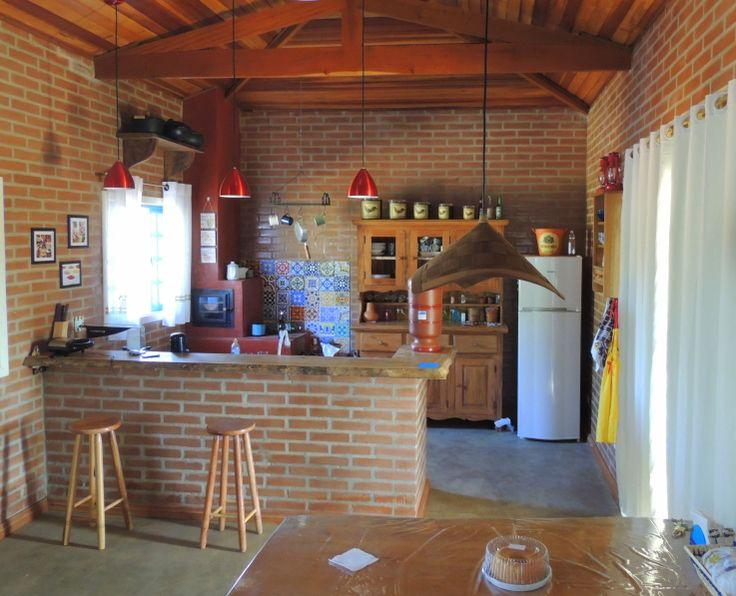 Área de churrasqueira rústica.