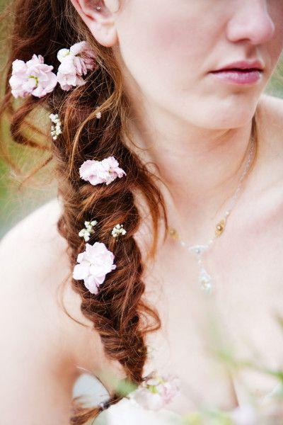 Fishtail Braid + Flowers I #BohoHairstyles #Bohochic