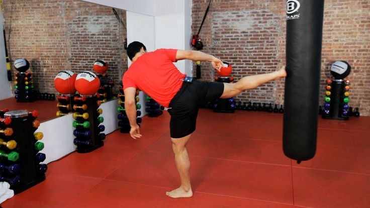 How to Do a Sidekick | Kickboxing Lessons | Kickboxing