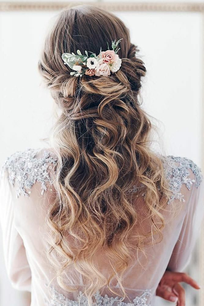 Bohemian Wedding Hairstyles Half Up Half Down Airy Long Curls And Flowers Serenitywedding Wedding Hairstyles For Long Hair Hair Styles Bohemian Wedding Hair
