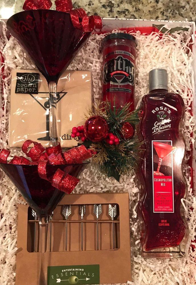 Cosmopolitan Christmas Gift Set With 2 Martini BarWare Glasses #Slant