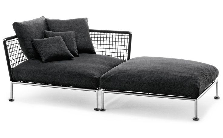 Divano lineare / Linear sofa