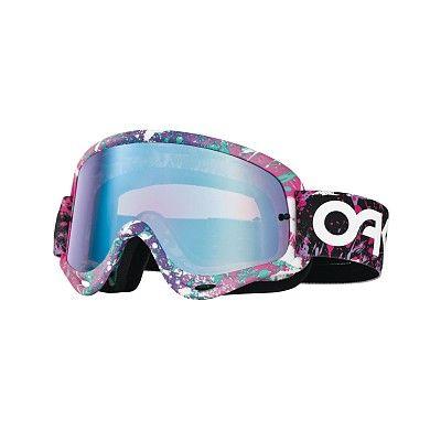 MX Oakley O Frame Factory Splatter è il best seller dell'azienda californiana: la maschera più venduta nella storia di Oakley, semplicemente perfetta, adatta a qualsiasi tipo di viso. Nata nel 1998, grazie al suo design rimane sempre attuale.